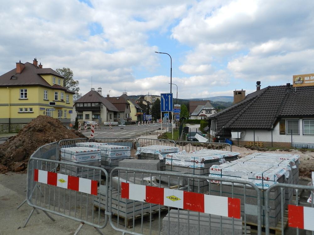 Rozestavěná silnice 1. třídy ve Vrchlabí