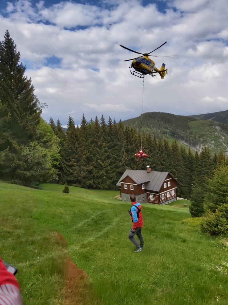 Zásah horské služby v lokalitě boudy Na křižovatce nad Velkou Úpou<br />Autor: Horská služba Krkonoše