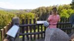 Popisky panoramatických pohledů z vyhlídky na Valdštejně