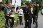 Preventivní akce Na kole jen s přilbou na cyklostezce v Dolánkách