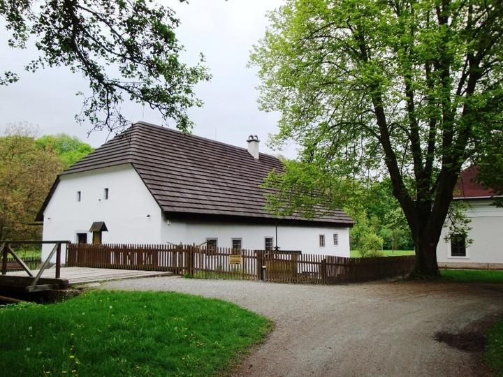 Rzdrův Mlýn v Babiččině údolí<br />Autor: Archiv NPÚ, ÚPS na Sychrově. Nový okruh na Sychrově