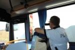 Na neukázněné řidiče u Turnova znovu dohlížel policejní autobus