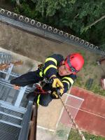 Krajští hasiči absolvovali kurz pro uchazeče o specializaci hasič-lezec