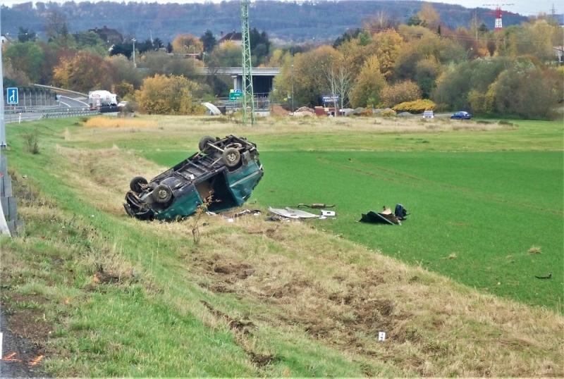 Nehoda dodávky u Ohrazenic