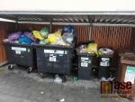 Poznámka: Kdo může za přeplněné kontejnery?