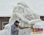 V Jilemnici začala stavba sněhového Krakonoše