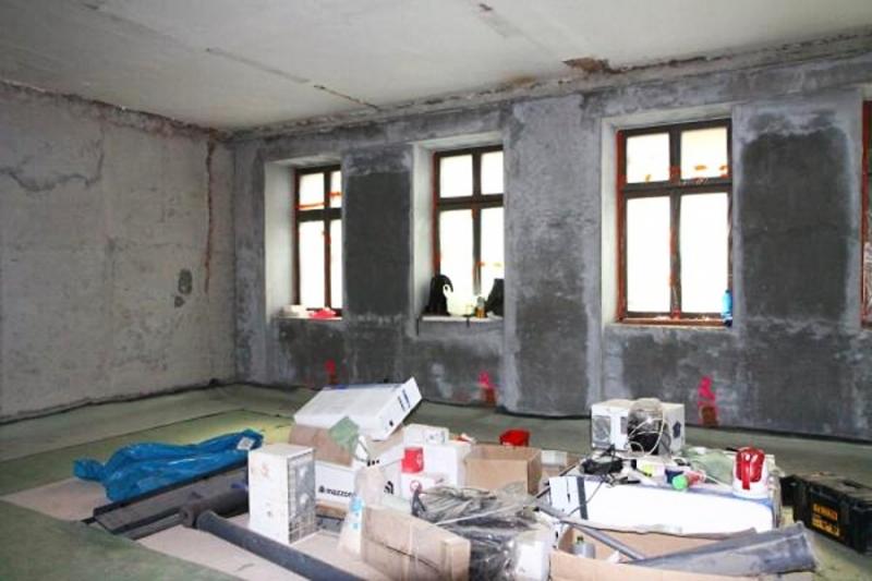 Zateplení starého objektu školy a stavba nového komplexu v Mašově<br />Autor: Zdenka Štrauchová