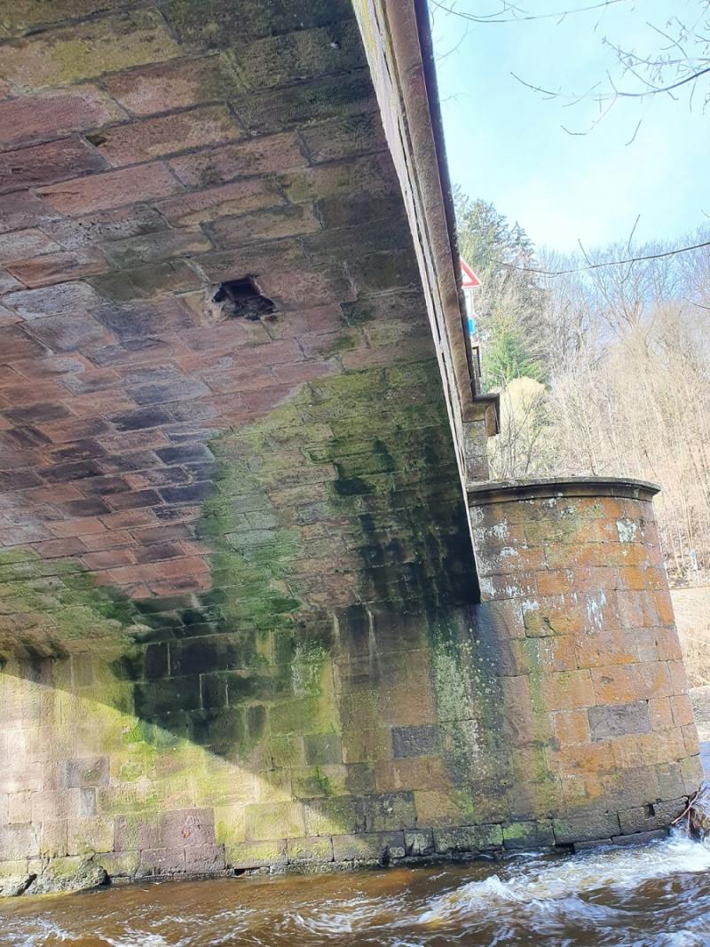 Poškozený most přes Jizeru v Poniklé<br />Autor: Archiv KÚ Libereckého kraje
