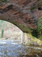 Poškozený most přes Jizeru v Poniklé