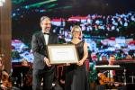 Ocenění Opera Civitatem přebírá starostka Lena Mlejnková